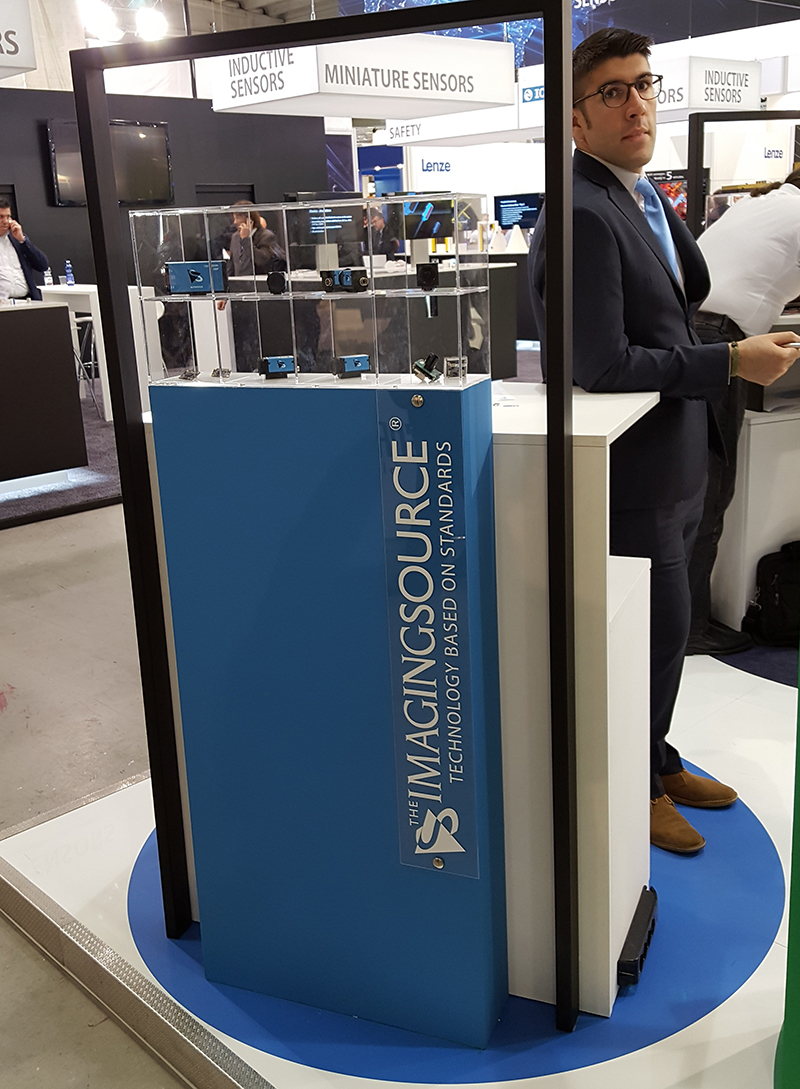 Lorenzo Mariani from Visionlink at SPS IPC Drives 2016